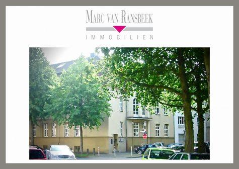 KREFELD-BISMARCKVIERTEL – ÄUßERST INDIVIDUELLE WOHNUNG IM HOCHPARTERRE MIT GARTEN, 47799 Krefeld, Erdgeschosswohnung